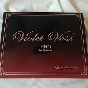 Violet Voss Pro matte about you